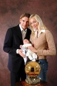 Андрей с женой и сыном